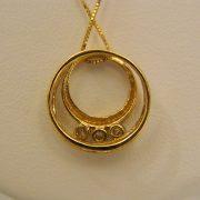 "14k-Yellow-Gold-0.20CT-TW-Circular-Diamond-Pendant-w/18""-Box-Link-Chain-2"