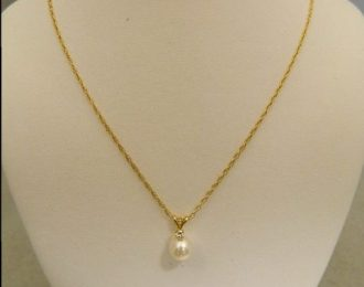 14k Yellow Gold Pearl & 0.05CT Diamond Pendant w/18″ Fancy Cable Link Chain