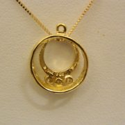 14K-Yellow-Gold-0.15CT-TW-Circular-Diamond-Pendant-w/18″-Box-Link-Chain-2